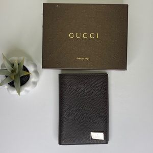 ‼️SALE‼️GUCCI 143385 Leather Passport and Wallet